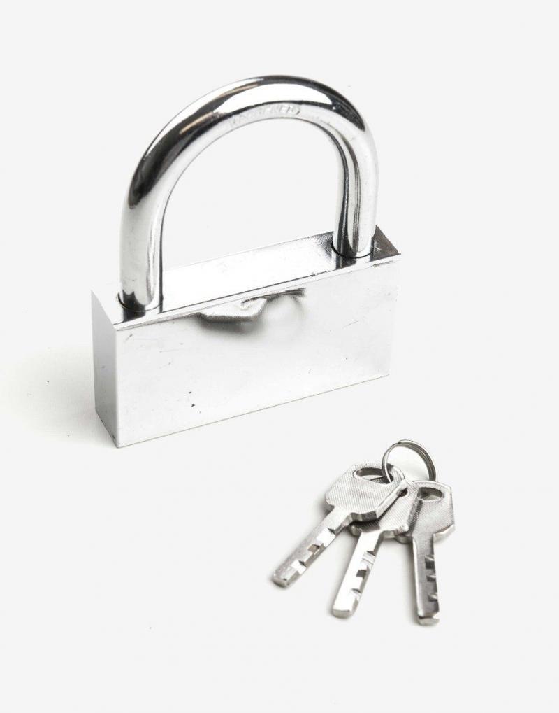 Der medfølger 3 nøgler til hængelåsen